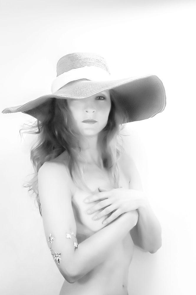 Cécile Poupard - Modele artistique region de Toulon by Cici Modèle