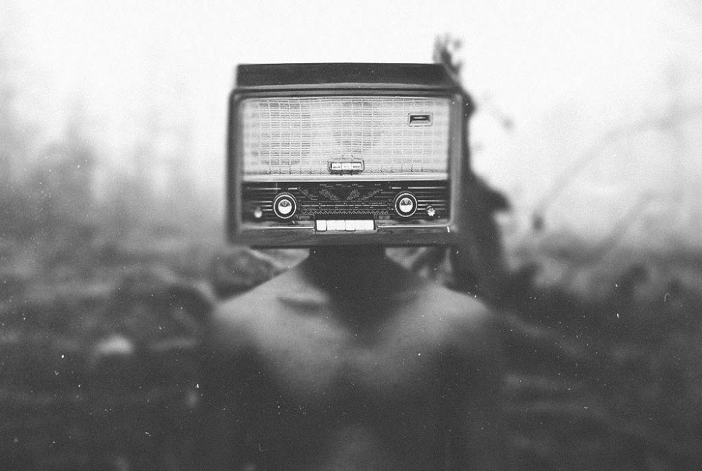 Listen to me  by Loran F.Zamel