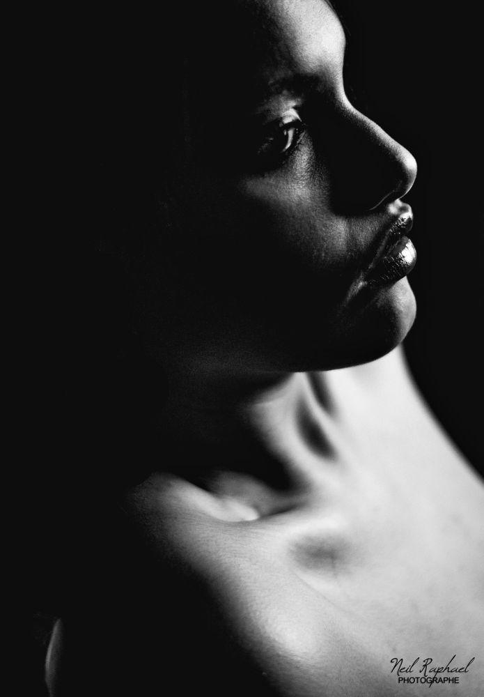 Dark & Glossy by raffaele neil