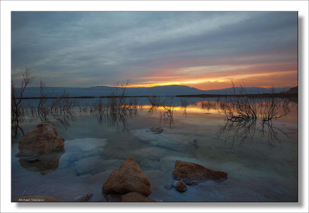 Sunrise in dead sea by michaelt11