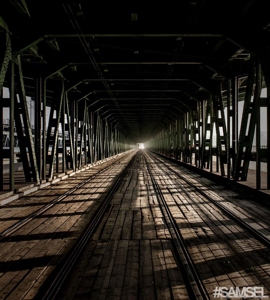 Gdański Bridge in Warsaw - Poland by Radosław Samsel