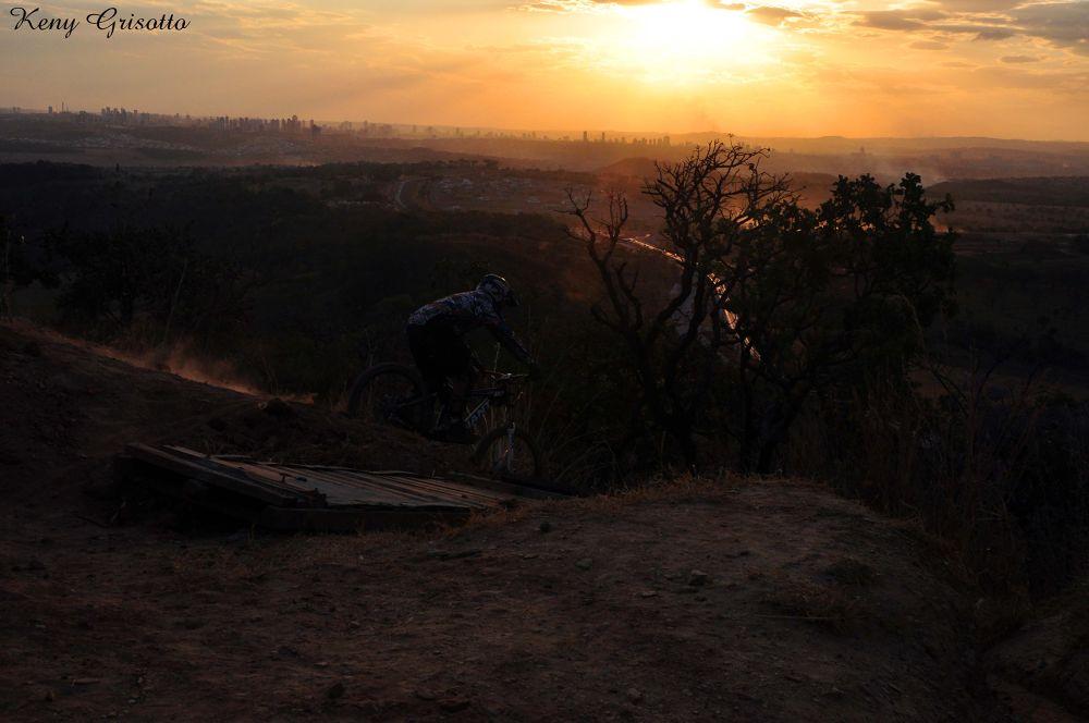 por do sol e esporte by keny grisotto