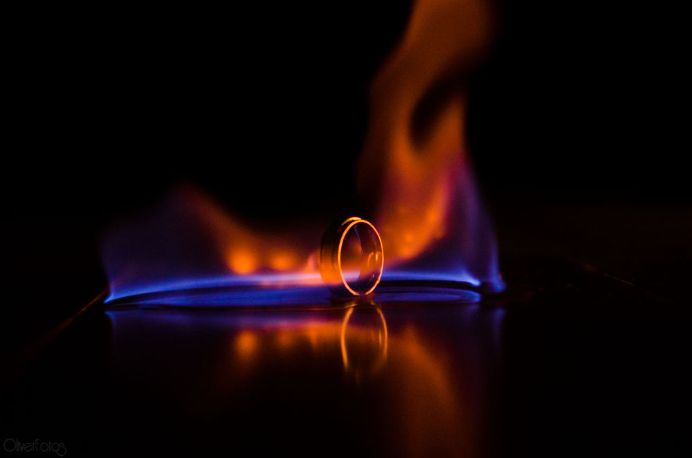 Quente.... by Tiago Oliver