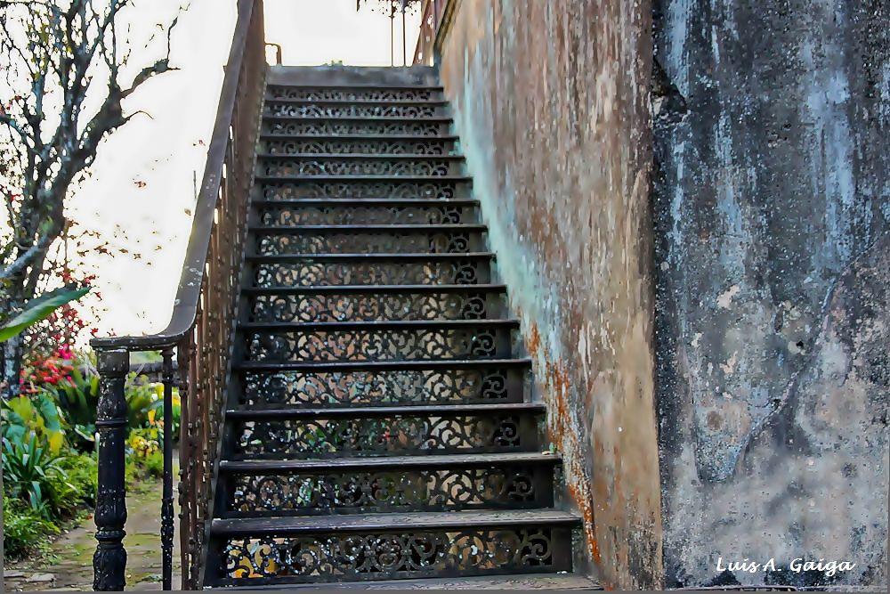 Escada de ferro by luisgaiga