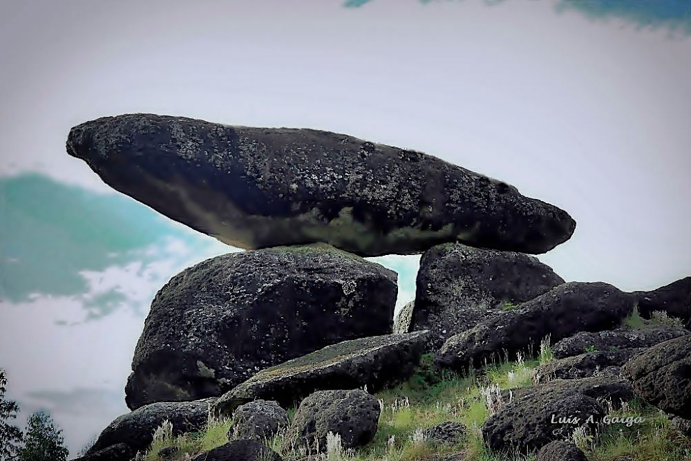Pedra Balão - Poços de Caldas-MG Brasil by luisgaiga