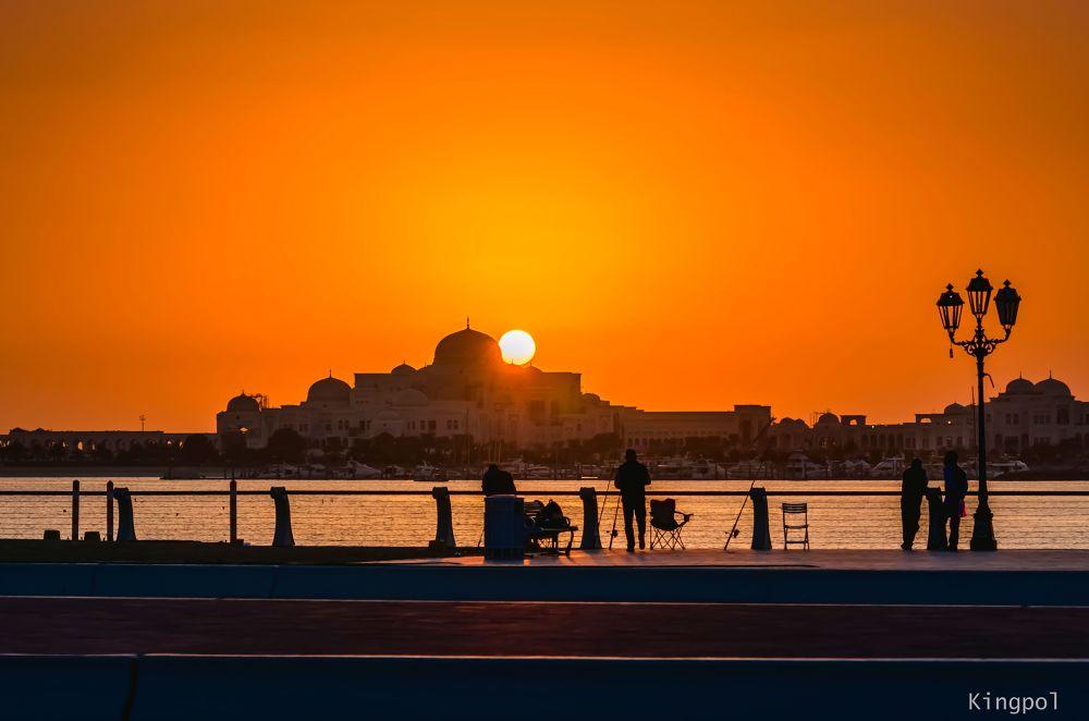 Sunset at Abu Dhabi, UAE by joepolicarpio