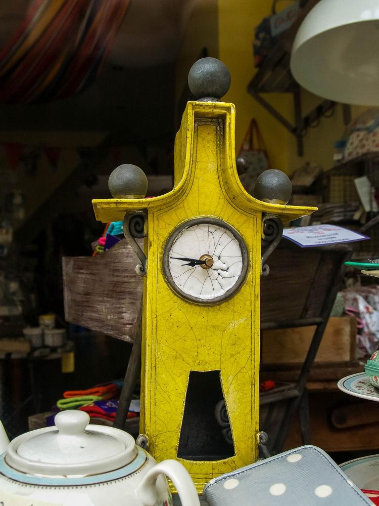 Clock  by paulzdanowicz