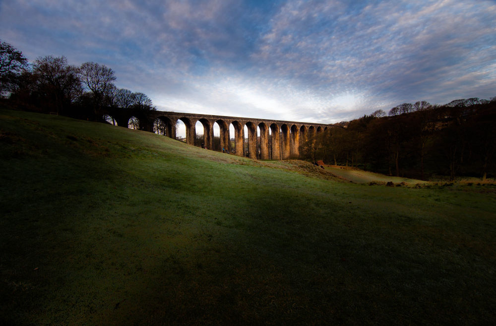 Thornton Viaduct. by paulzdanowicz