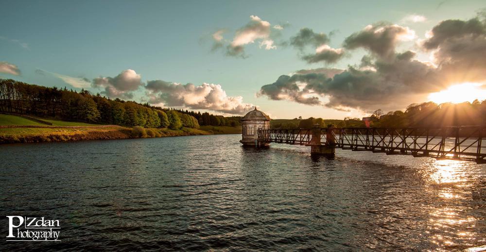 Sladen Reservoir. by paulzdanowicz