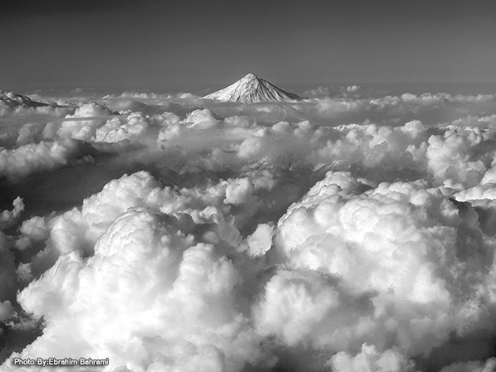 Damavand Mountain  by Ebrahimbahrami