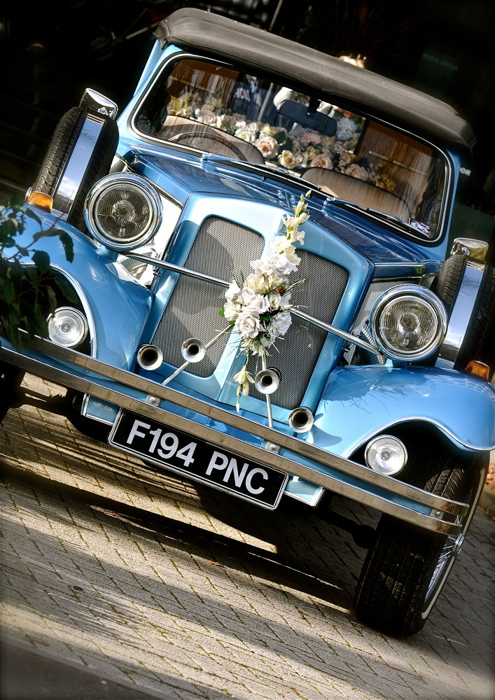 CAR FOR WEDING  by Priessnitz