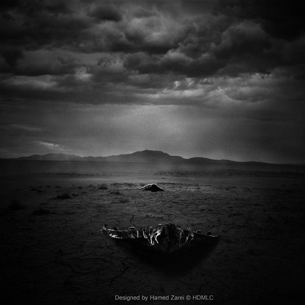 Broken Boat by Hamed Zarei