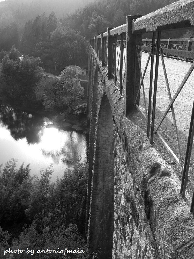 Bridge B&W WEB by Antonio F. Maia