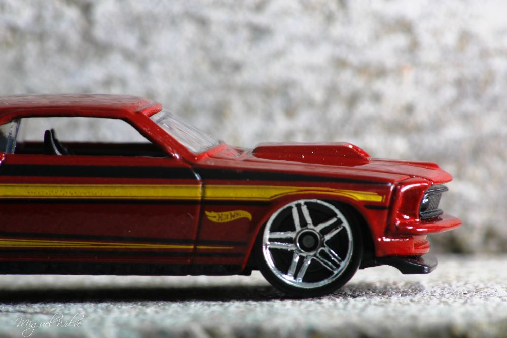 Mustang Hot Wheels by miguelwolve