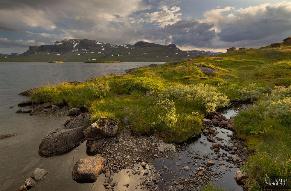 sunset in Hardangervidda  by Justus Steinfeldt