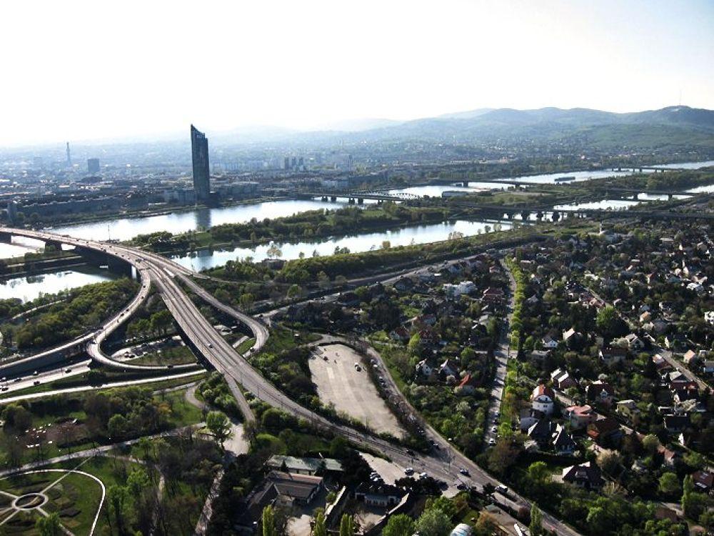 View from Donau Turm by AnuraPhotograhy