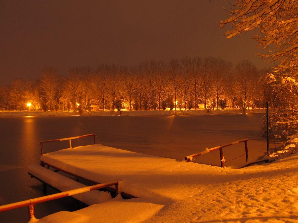 winter lake by AnuraPhotograhy