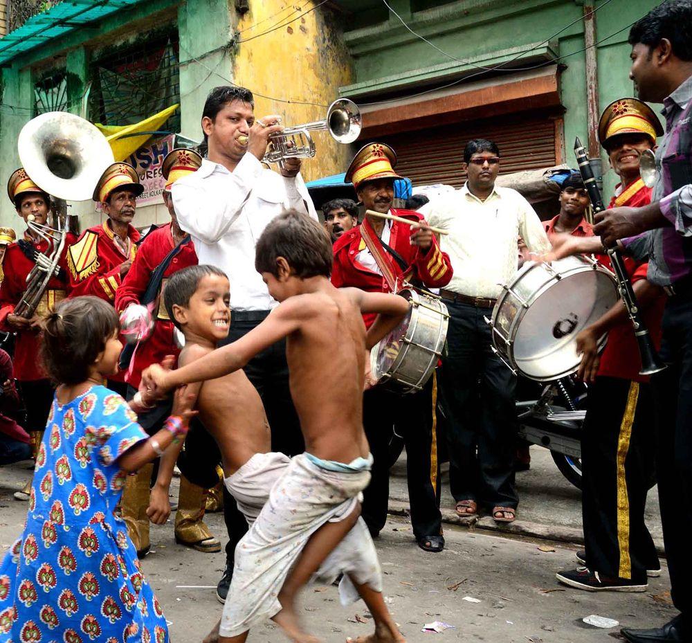 street dancer  by suman.rakshit03