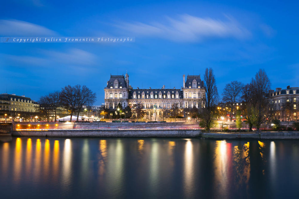 City Hall Of Paris by Julien FROMENTIN