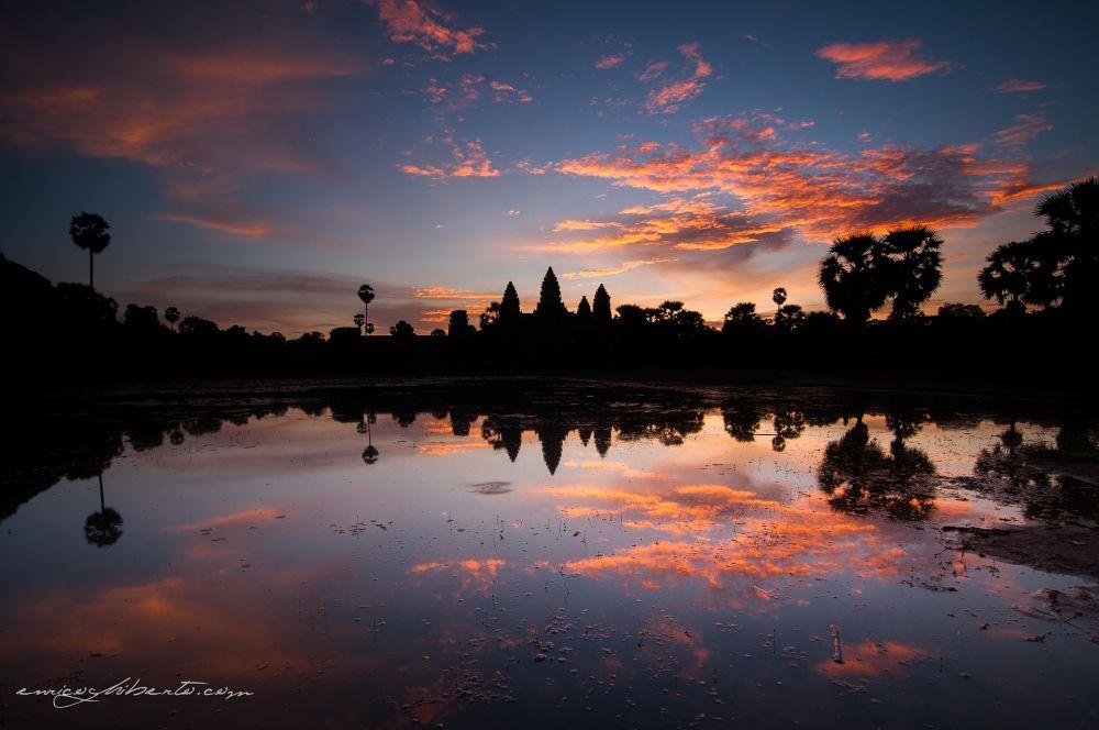 Angkor Wat Sunrise by Enrico Ghiberto