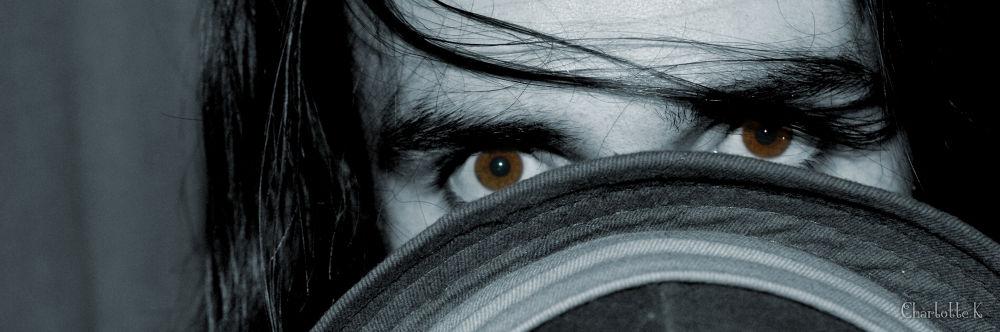Des yeux tout en couleurs  by chacha.kieffer