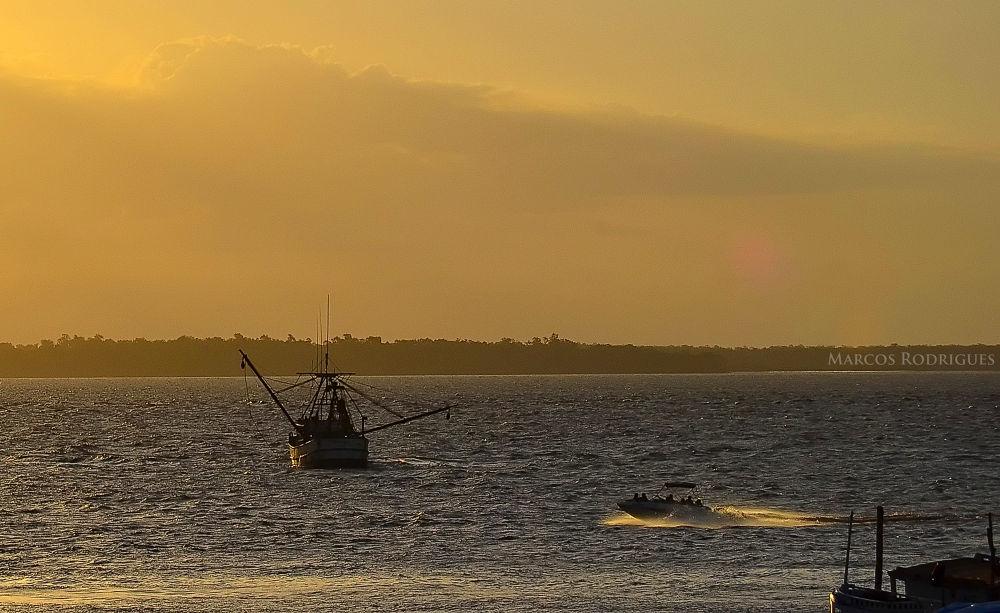 Icoaraci Bay by MarcosRodrigues