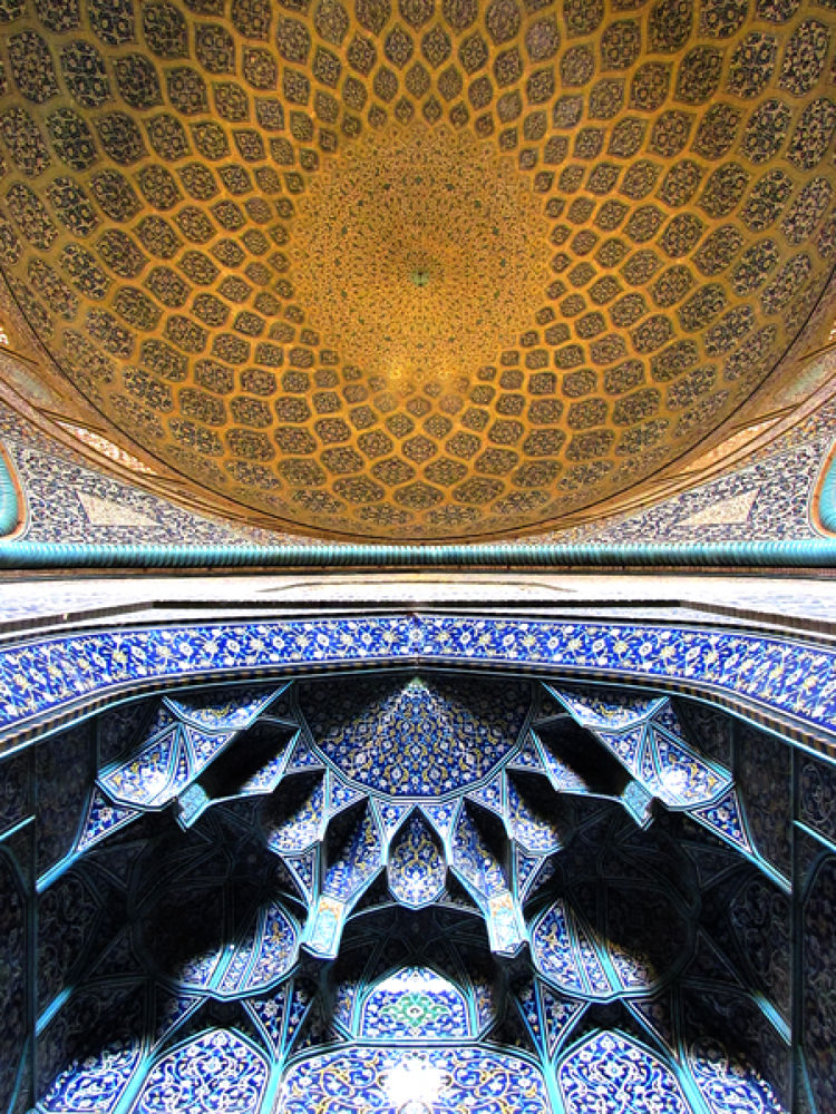 Sheikh Lotfollah Mosque by Graphical