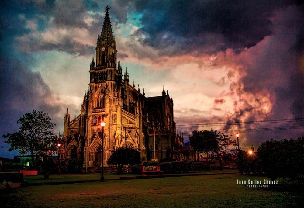 Iglesia de Coronado- Costa Rica by juan.c.chavez.965