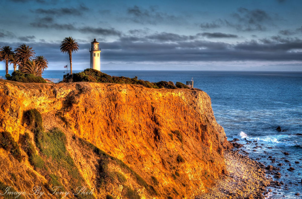 Point Vincente Light House on a warm Sunday afternoon. by tonyshih317