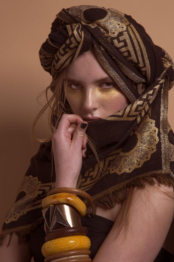 Learning fashion photography model beauty: minna / stockholmsgruppen by Lennart Johansson