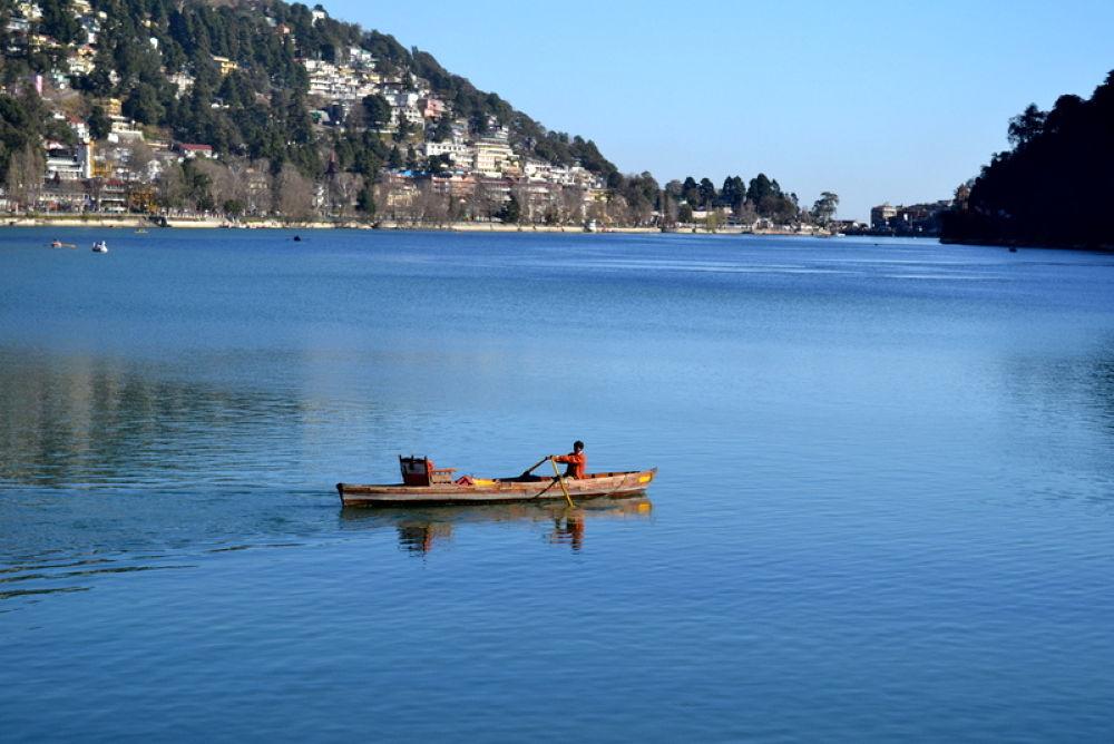 DSC_0811     naini lake ...nanital, India by kcsethi