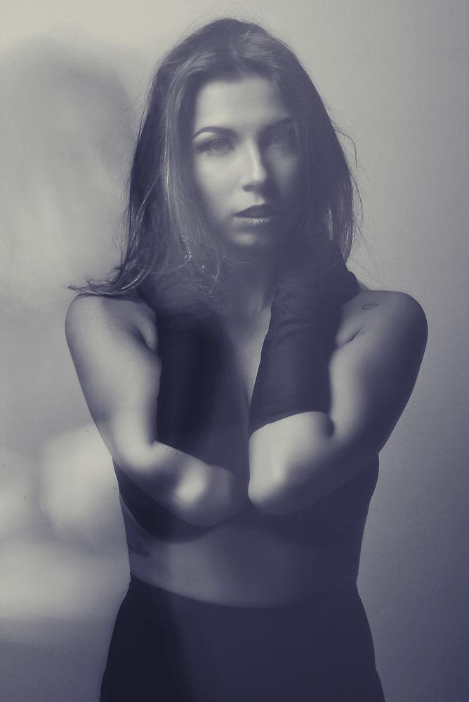 Photo in Fashion #model #.woman #fashion #beauty #booking #retouch #canon #brazil