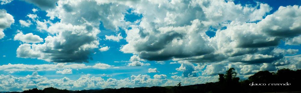 Clouds by Glauco Rezende
