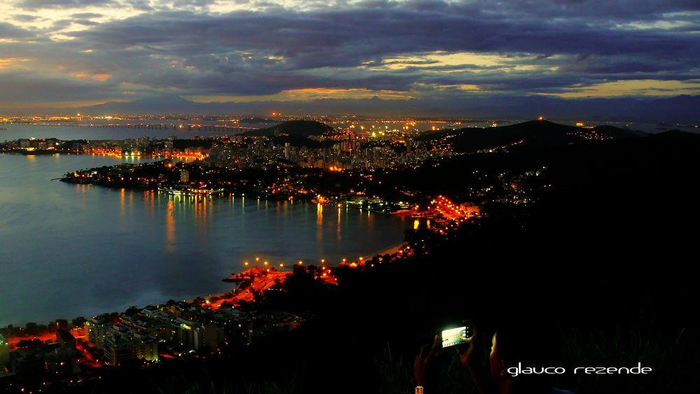 My city (Niterói). by Glauco Rezende