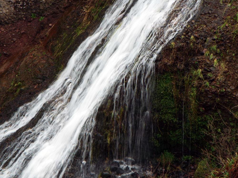 Waterfall by JamieSummerton
