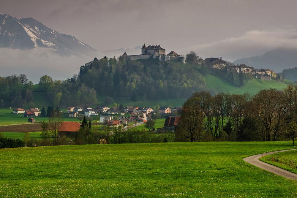 Gruyere Castle on the hill top by SwissMr