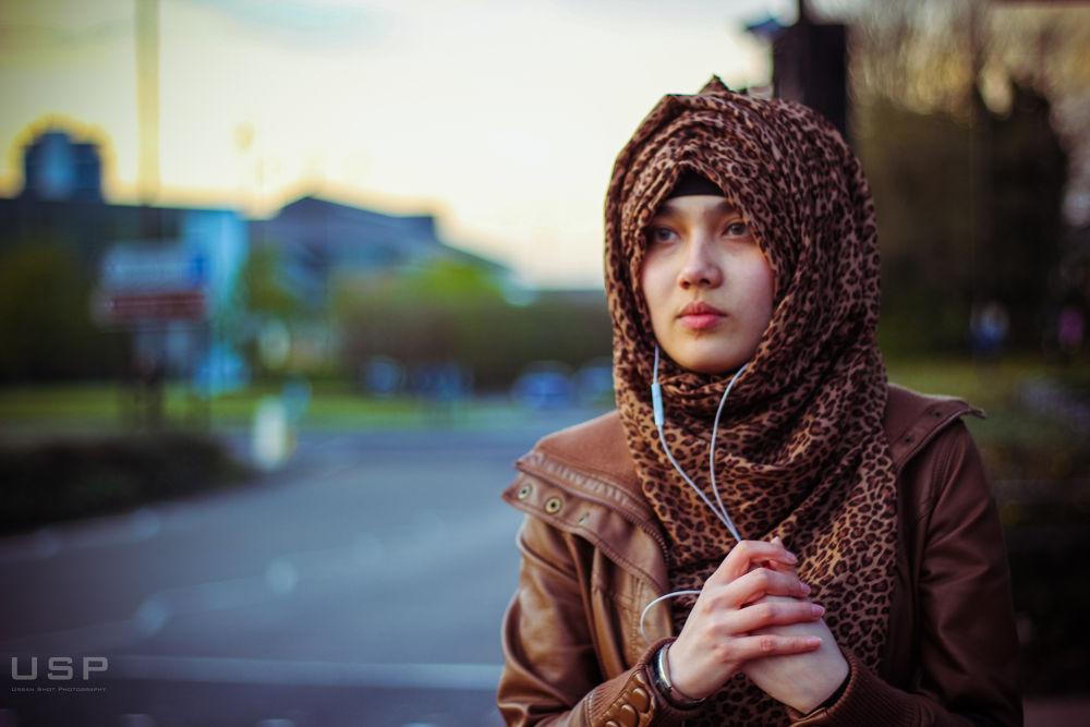 Photo in Portrait #university #greenwich #london #kent #england #uk #europe #usp #innocence #street #beauty #islam #veil #media #project