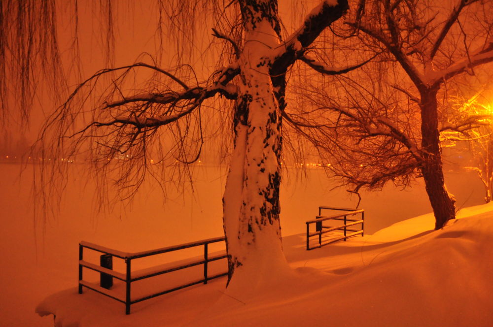 night shots with snow by kalenderbey