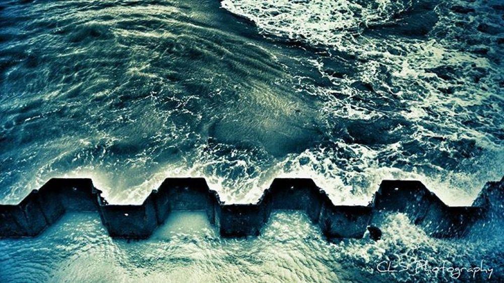 zigzag... by clareyboe