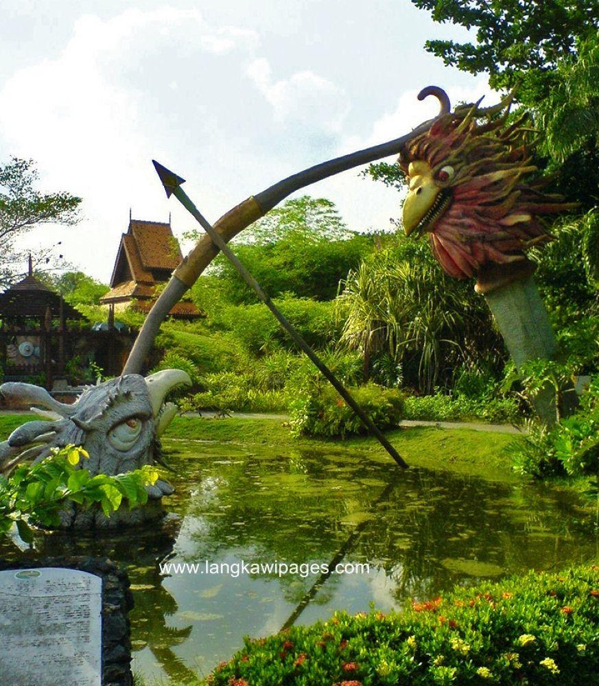 Taman Lagenda Langkawi  - at Langkawi Island : by www.langkawipages.com  by roslankasim
