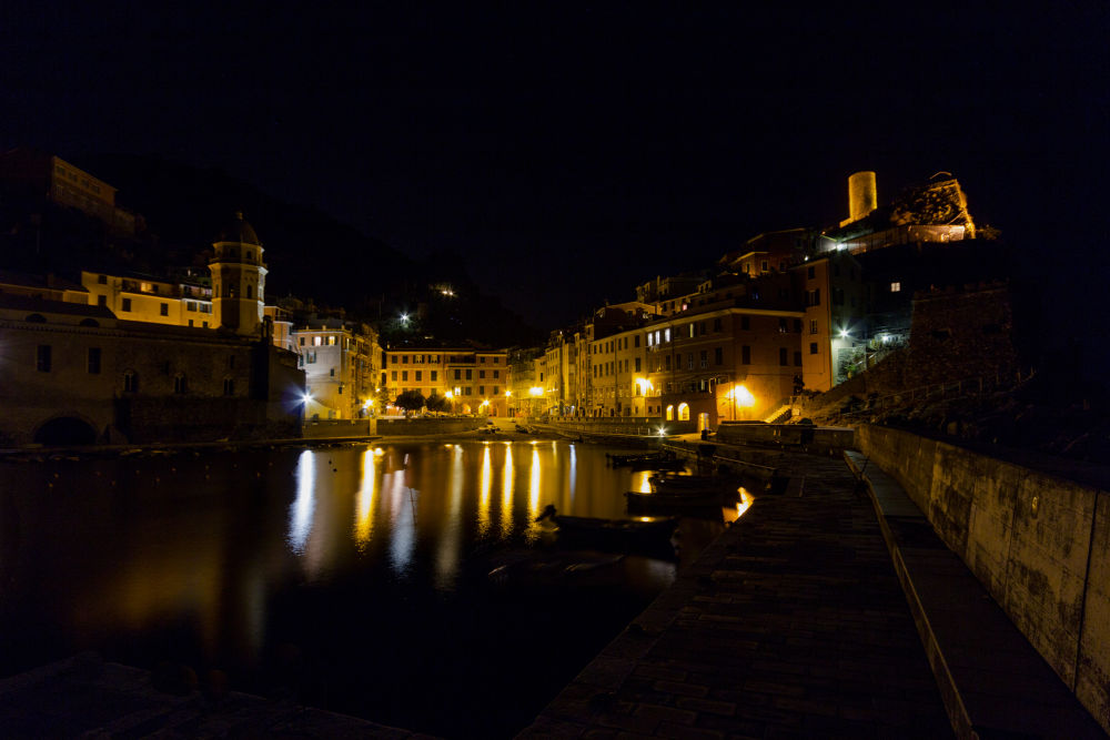 Vernazza by Night by francesco barale