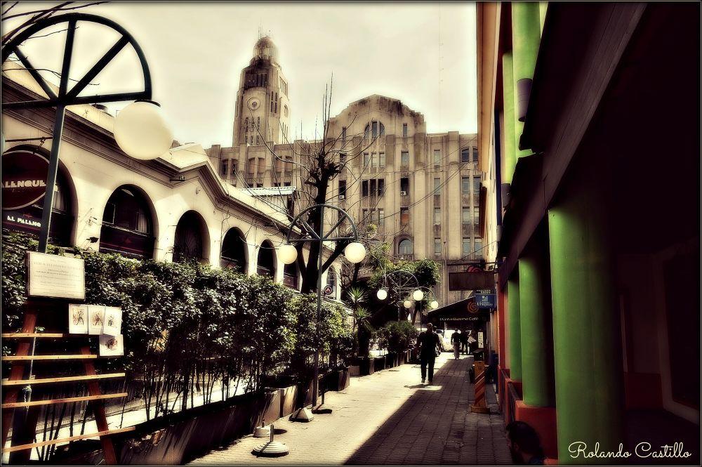 Mercado del Puerto by rolandcas