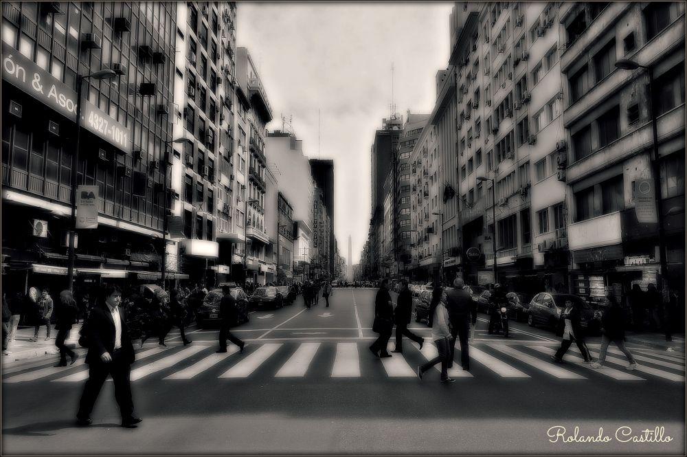 Avenida Corrientes by rolandcas