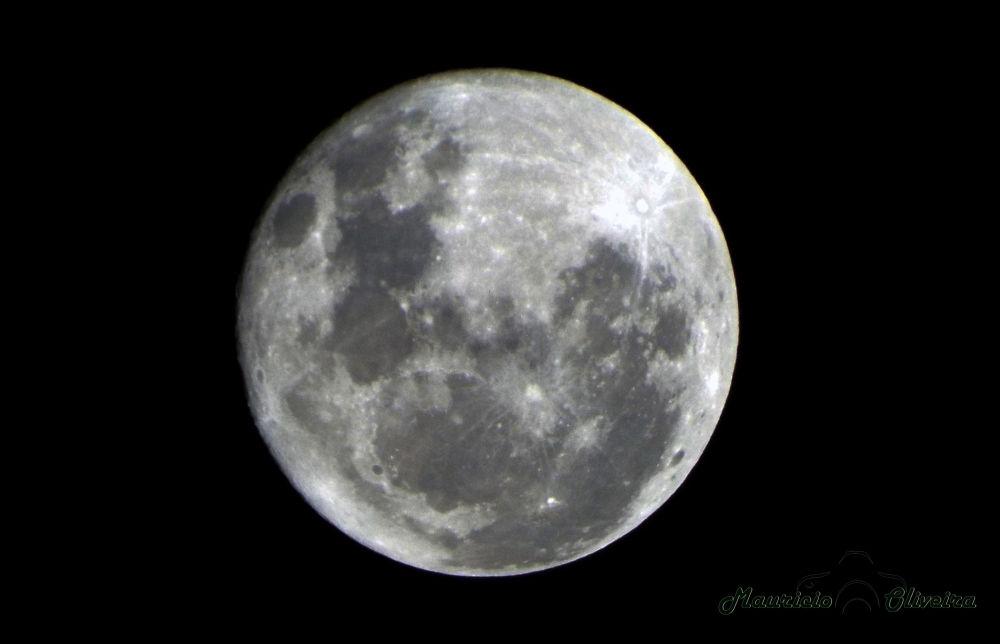 Photo in Astrophotography #lua #camacari #bahia #salvador #astro #estrelas #brilho #sol #luau #festa #beleza