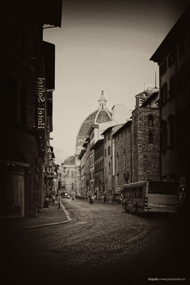Firenze by Pasquale Vitale