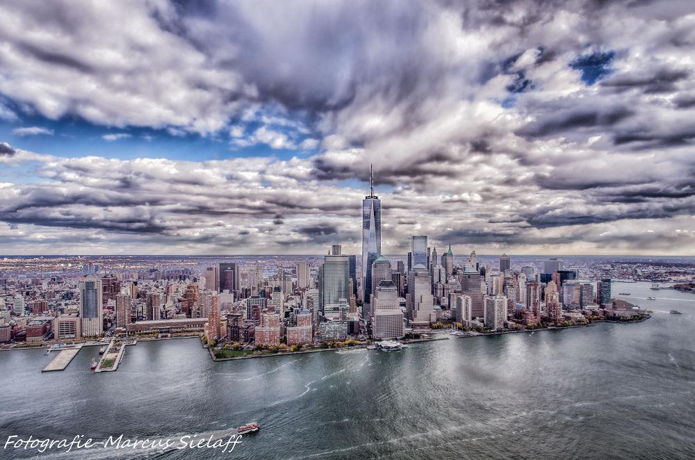 New York by Marcus Sielaff