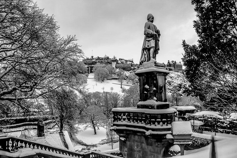 Edinburgh by Mike Heard