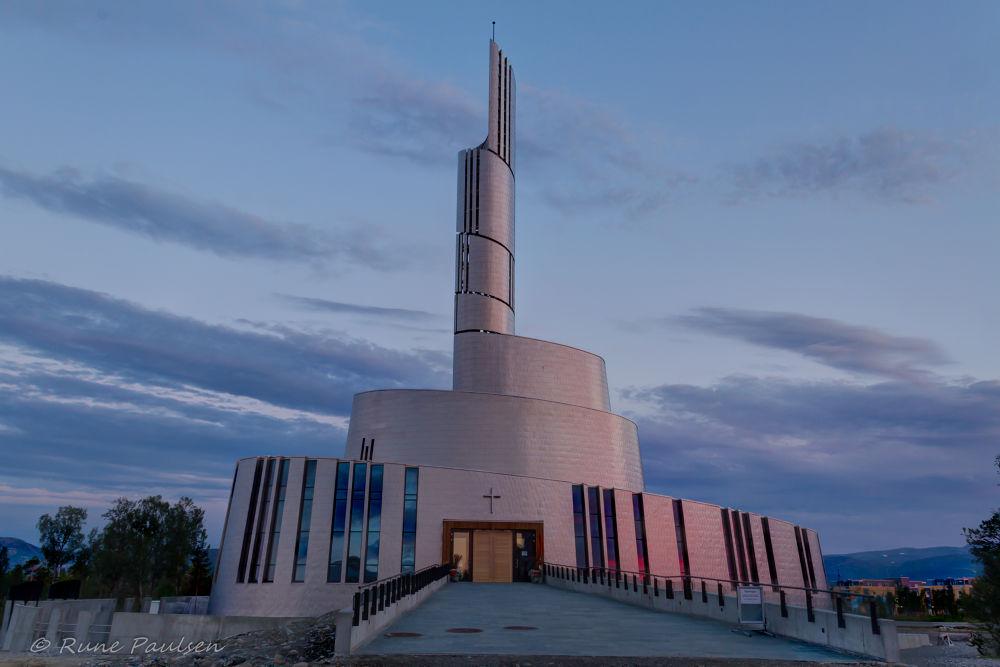 Northernlight catedral in Alta by Rune Paulsen