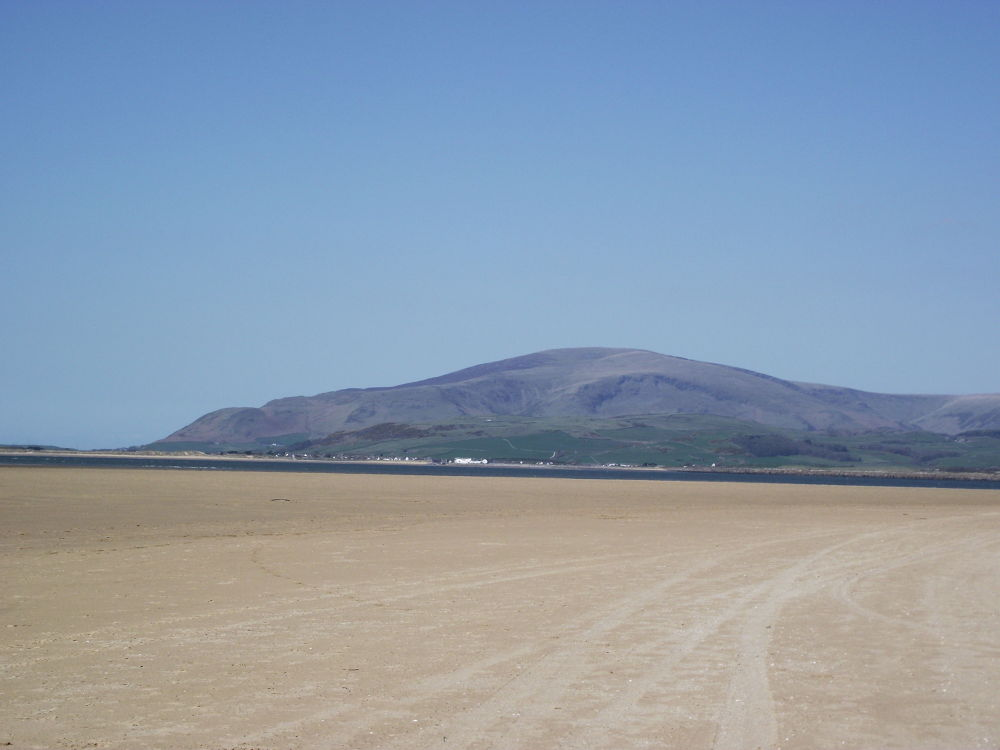 coastline at roanhead (10) by Robert Stephenson