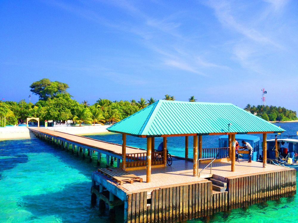 A Dh Dhagethi, Maldives by muhas